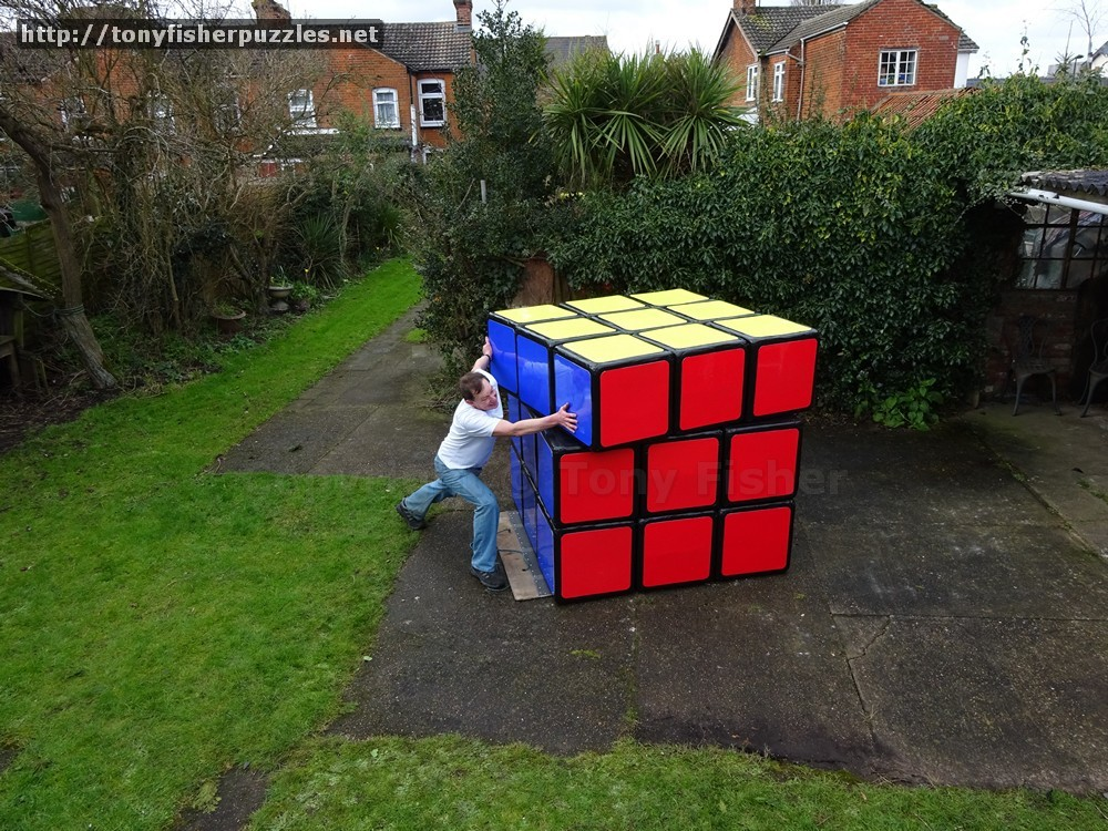 Biggest Rubik S Cube Puzzle In The World Tony Fisher S Largest Rubik S Cube